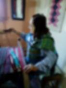 Maria Llano y su telar.jpg