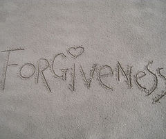 forgiveness-1767432_640.jpg