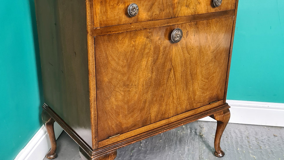An Antique Art Deco Mid 20th Century Bedside Record Cabinet Cupboard ~Delivery A