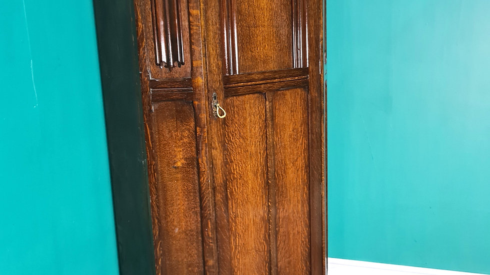 An Antique mid 20th Century Oak Wardrobe Hall Cabinet ~Delivery Available~