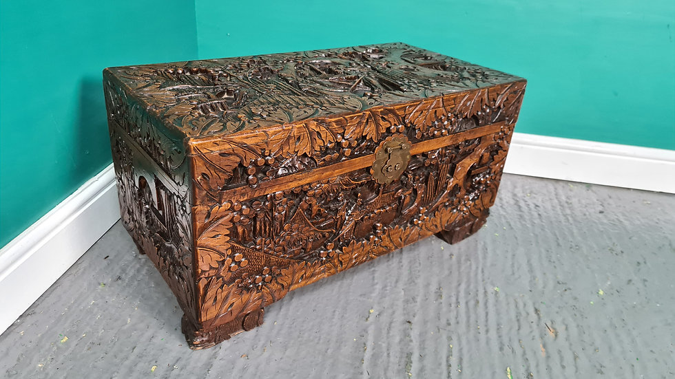 An Antique Style Honk Kong Carved Chest Ottoman Trunk ~Delivery Available~