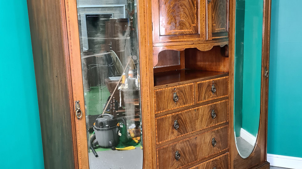 An Antique Early 20th Century Mahogany Triple Wardrobe ~Delivery Available~