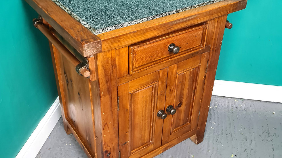 An Antique Style Granite Topped Kitchen Island Cabinet Cupboard ~Delivery Availa