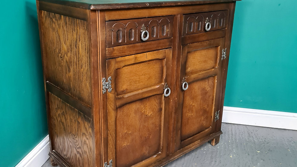 An Antique Style Oak Cabinet Cupboard Sideboard ~Delivery Available~