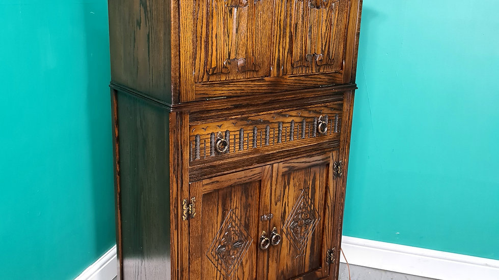An Antique Style Solid Oak Cocktail Cabinet ~Delivery Available~