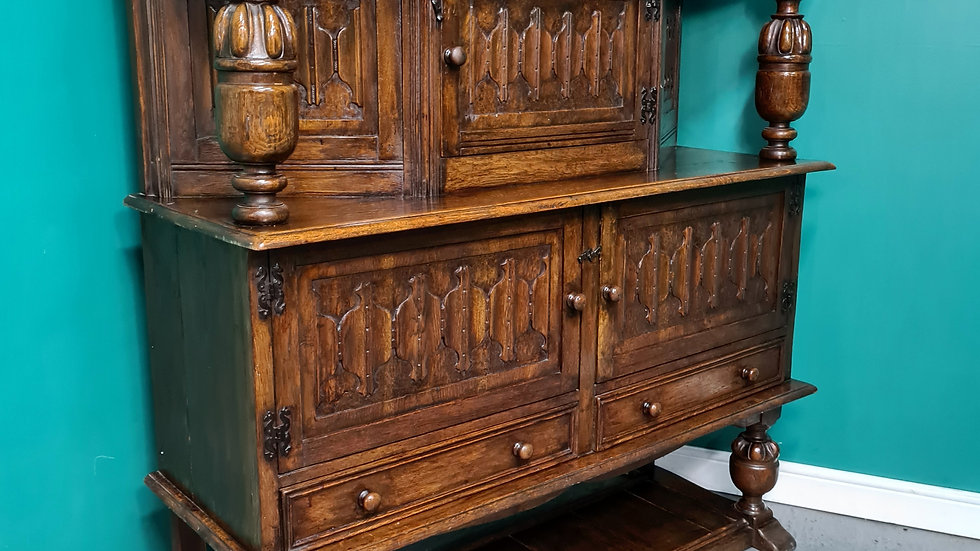 An Antique Early 20th Century Solid Oak Court Cupboard Sideboard ~Delivery Avail