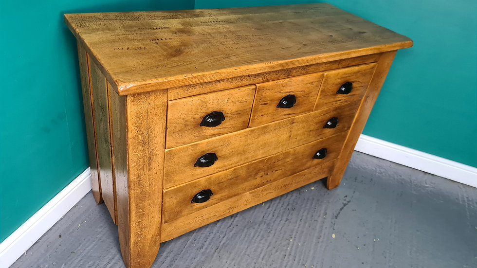 An Antique Style 100% Solid Oak High Quality Chest of Drawers ~Delivery Availabl