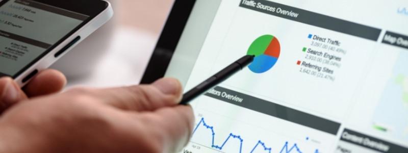 seo analytics on tablet and phone | copywriter analytics