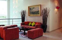 Lobby2 AVE
