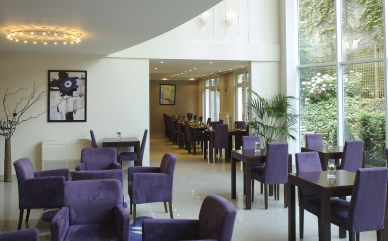 Lounge1 Ave
