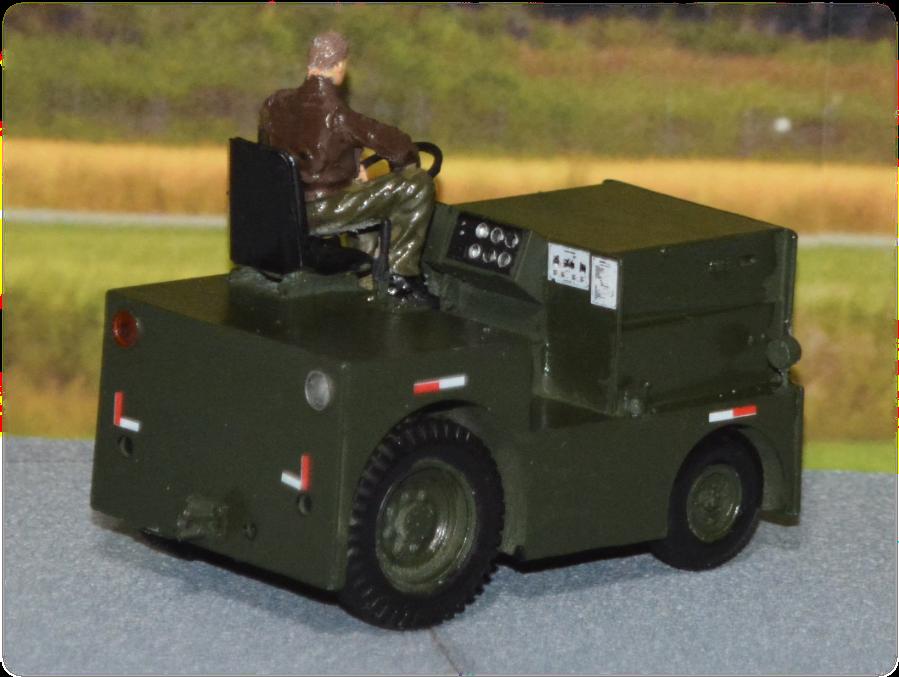 DMC Logan-40 tow tractor; 1:35