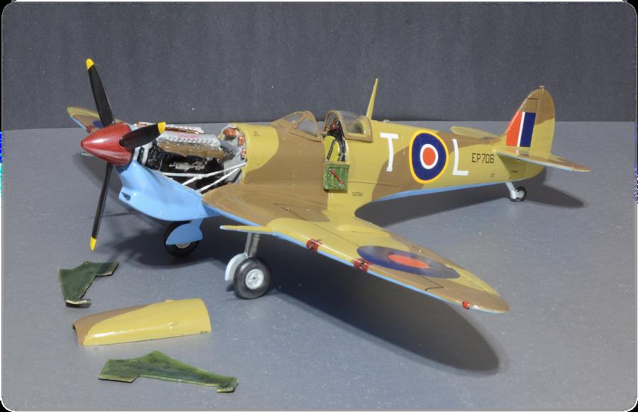"Airfix A12005A Spitfire Mk.Vb George Beurling Malta ""T-L"", 1:24"