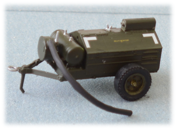 Davey MC-2A diesel air compressor; 1:35
