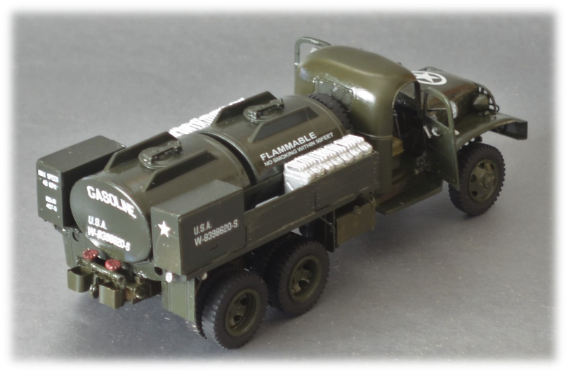 HobbyBoss 83830 US GMC CCKW 750 gallon tanker, 1:35