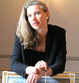 Olga Machonova Pavlu,Portrait 2  .jpg