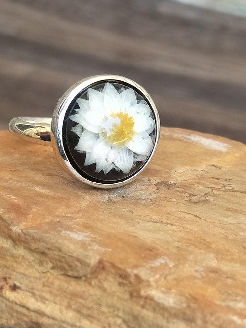 Sterling silver wildflower adjustable ring (black)