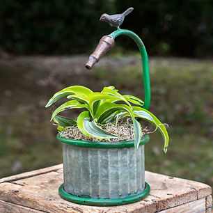garden-hose-small-round-planter-1500x150
