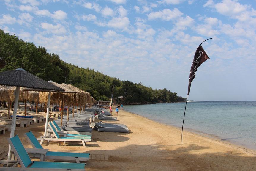 Pachis Beach 4