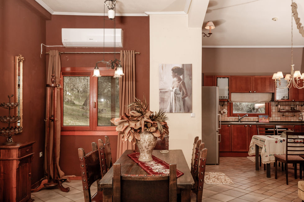 Villa Loridis dining area-2