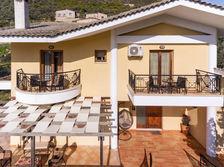 Villa Loridis terrace.jpg
