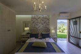 Annas Villa (8).jpg