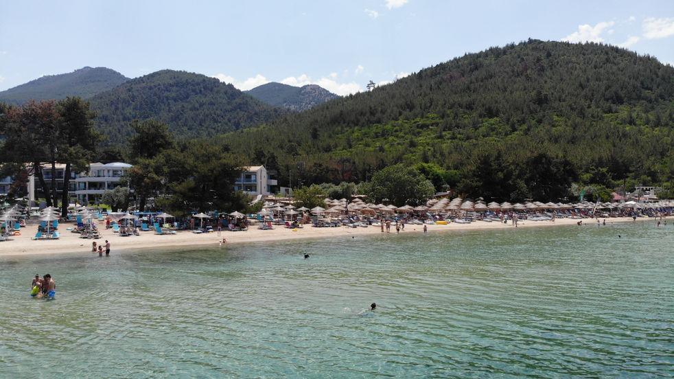 Pachis sand beach