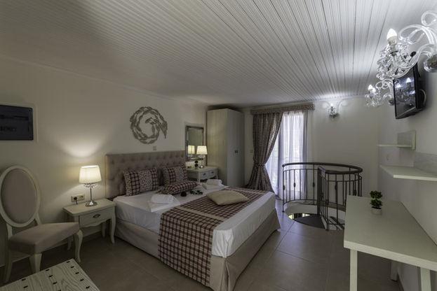 Annas Villa (10).jpg