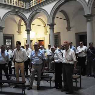 Gut besuchte Präsentation der Jubiläums-Festschrift im Lichthof des Luzerner Regierungsgebäudes.