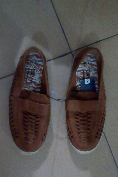 Easy Casual Wear (ECW) Shoes