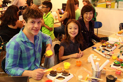 Nolan-Gould,-Aubrey-Anderson-Emmons-her-and-mom