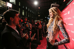 Paris-Hilton-_Arrivals