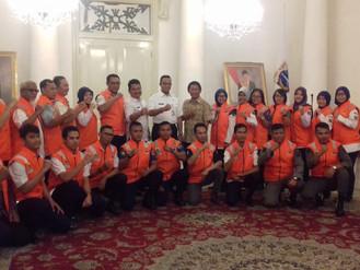 Bapak Anies Baswedan melepas para tim Psikososial DKI untuk berangkat ke Lombok dan Palu