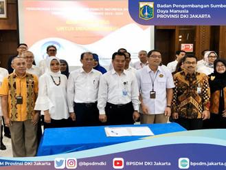 Ibu Ka. BPSDM dalam acara Pengukuhan Pengurus Himpunan Peneliti Indonesia (Himpenindo) Provinsi DKI
