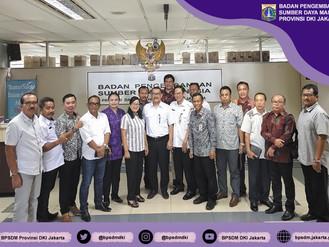 """Kunjungan Kerja Anggota Banggar DPRD Kabupaten Jembrana terkait """"Menyelaraskan Dokumen Perencan"""