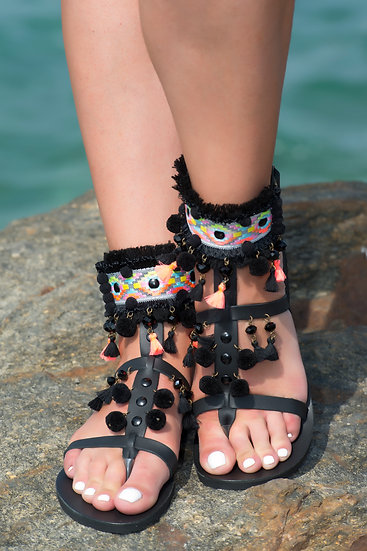 Handmade leather sandals with pom poms (th2006)