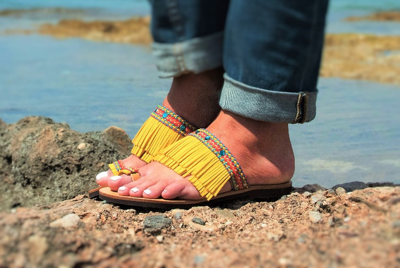 Handmade leather sandals (th2000)