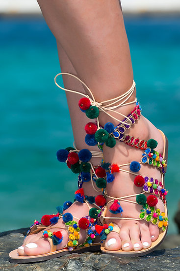 Handmade leather sandals with pom poms (th2013)