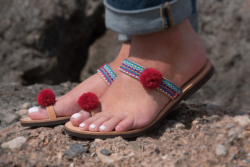 Handmade leather sandals with pom poms (th1980)