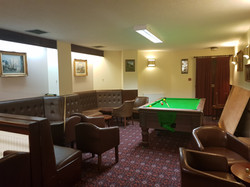 Lounge Bar with Pool Table