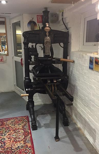 Hazelnut Press Medium Albion Press