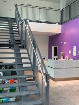 Stahltreppe und Galeriegeländer 2