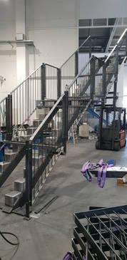 Stahltreppe in Werkstatt