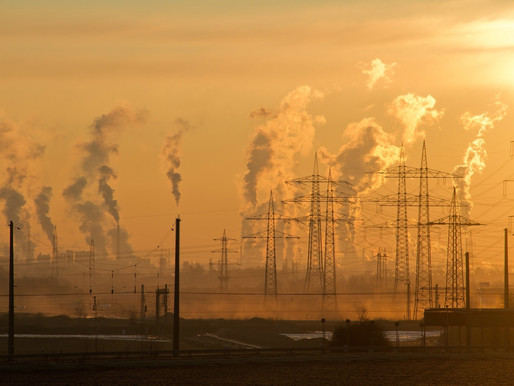 Emissions and Climate Risk in Commodity Trading
