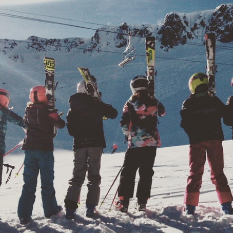 Your little girls should ski