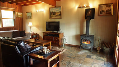 Lower Portland Hawkesbury River Fireplace Accommodation Weekend Getaway