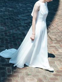 PR_V back ruffle dress