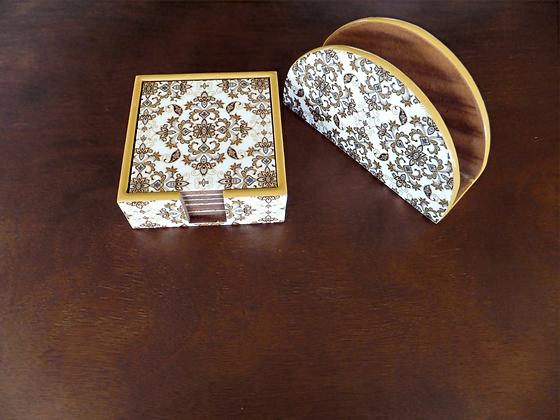 Wooden Golden Royal Damasek coaster & Napkin set