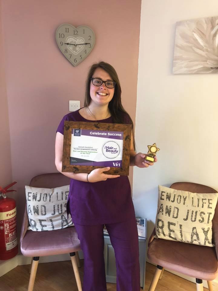 Hannah Beauty Apprentice of The Year 2019 with Her Award