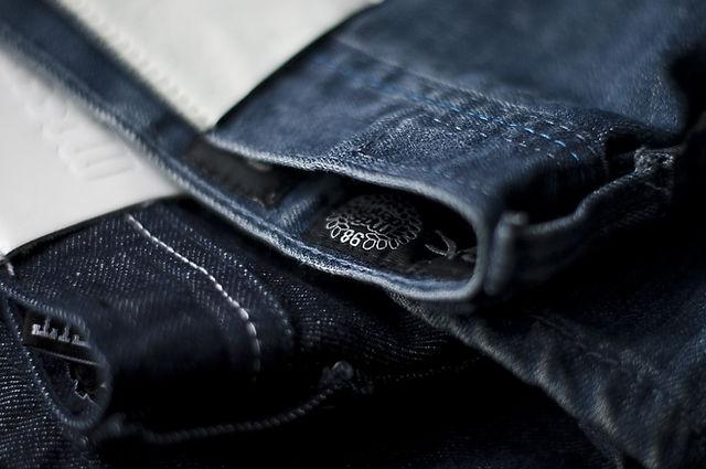 Koyu Jeans
