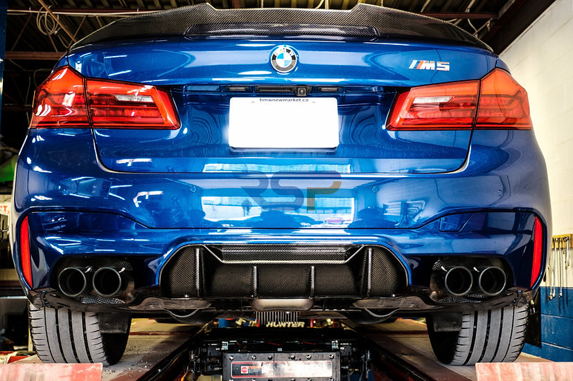 BMW F90 CARBONFIBER DIFFUSER